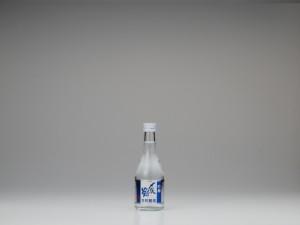 〆張鶴吟醸生貯造酒